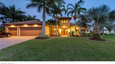 Photo for Beautiful Florida Home - Close to Dining, Shopping, &  Entertainment