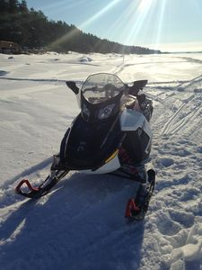 Photo for Snowmobile paradise, sandy beach, crystal clear water and comfort assured.