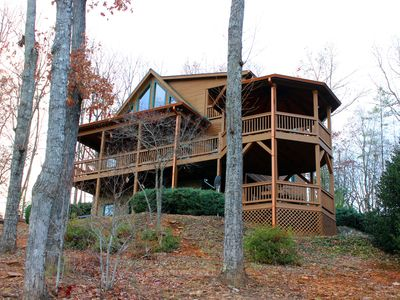 Perfect mtn getaway with multi-layered, 180 views! Dog friendly