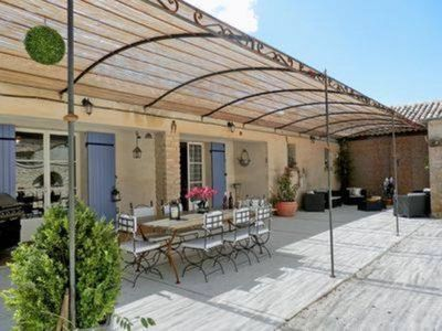 Photo for The holiday home Cassandrons the luberon with heated pool