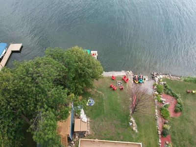 Arial view of cottage to the Lake