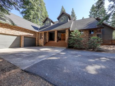 Photo for Large, secluded getaway in the woods with a loft, deck, and pool table