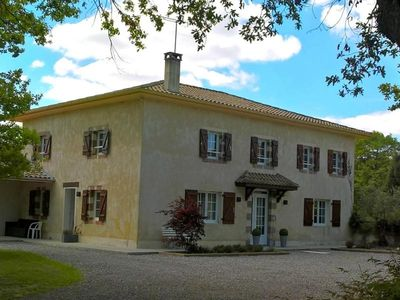 Photo for Gite Pomarez, 5 bedrooms, 10 persons