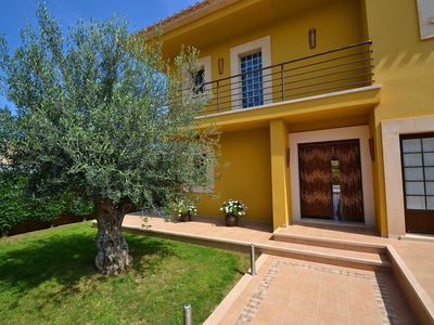 Photo for Detached villa with large garden, private pool, barbecue and jacuzzi