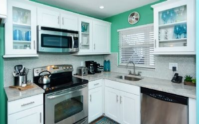 Photo for Beautifully decorated ground floor unit- Fully updated with walk - in shower; fans in all rooms