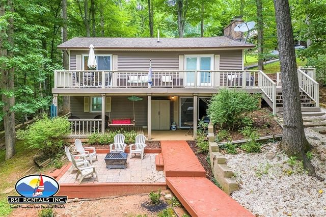 Stoneridge Gentle Lot Covered Patio Porch Swing Fire Pit Large Dock Great Location Short Stays Available High Point