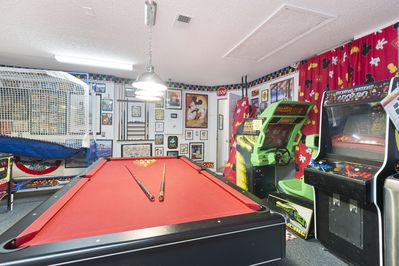 Billiards, Pop-a-Shot, MulitCade, and Driving Game--FREE PLAY