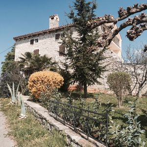 Photo for Villa With Swimming Pool In An Picturesque Istrian Village