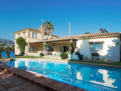Photo for This 4-bedroom villa for up to 8 guests is located in Fuengirola and has a private swimming pool and