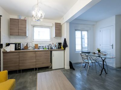 Photo for Renovated studio, comfortable, quiet, downtown, 10 'walk from the castle