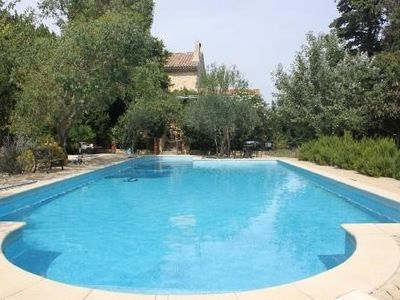 Photo for Provencal farmhouse with pool, quality services Promotion festival Avignon