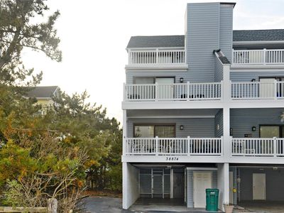 Photo for FREE DAILY ACTIVITIES INCLUDED!!! Super location just a few steps from the beach!