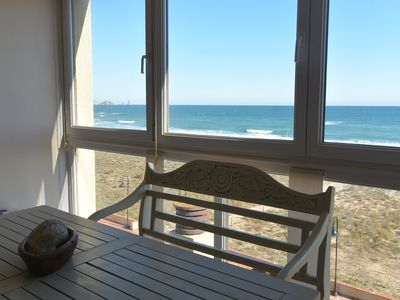 Photo for Apartment-Duplex in front line with sea views, common pool and parking.