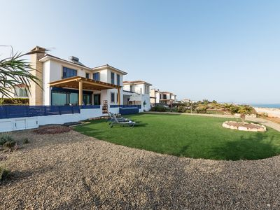 Photo for Stunning 5-bedroom Sea Front Villa with Private Pool