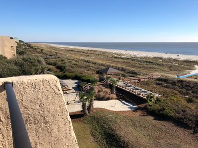 Photo for Great Views - 3 Bedroom, Top Floor Oceanfront in HHI, 1500 sq. ft.