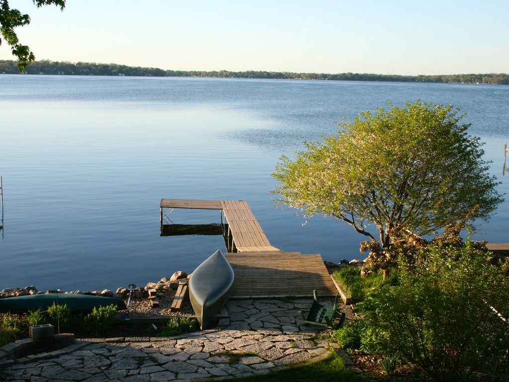 Lake front getaway in the heart of downtown Madison