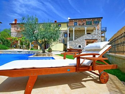 Photo for Holiday home near Poreč, with pool, tavern