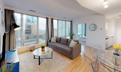 Photo for Spacious & Clean 2-Bedroom Unit in Central Downtown Vancouver