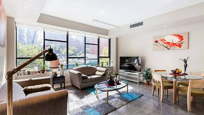 Photo for Your Spacious Home in the heart of Melbourne with 3BR Apartment