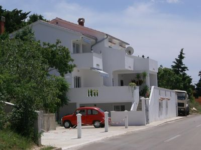 Photo for Apartment in Stara Novalja (Pag), capacity 4+2