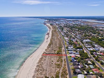 Photo for Into the Blue - Busselton Beachfront