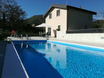 Photo for Panoramic villa surrounded by greenery with large terrace and pool for 2 to 6 persons