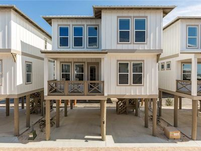 Photo for Cozy Beach Home with Modern Kitchen, Smart TV, Community Pool & Close to Shopping & Attractions!