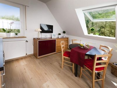 """Photo for 2-room apartment """"Bernkastel"""" -large double bed - guesthouse Ute Weisgerber"""