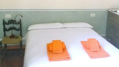 Photo for Suite: comfortable bedroom with private bathroom - Free Wi-Fi