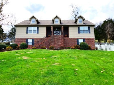 Photo for Beautiful Mountain Retreat in East TN - 5Br/4ba, 6 beds!