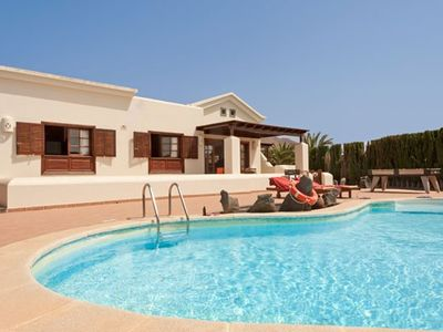Photo for Sumptuous luxury detached villa with two bedrooms and private pool