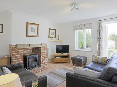 Photo for Attractive holiday home in quiet setting, nearby the pleasant seaside resort of Southwold
