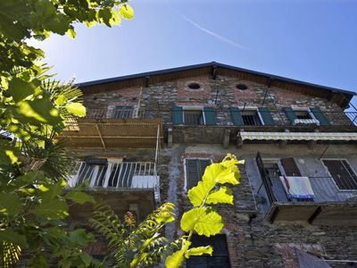 Photo for 3-room apartment with sunny balcony in a sunny location directly on the lake