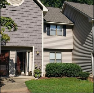 Photo for Townhouse in the City w/Pool - 2 Bed 2.5 Bath