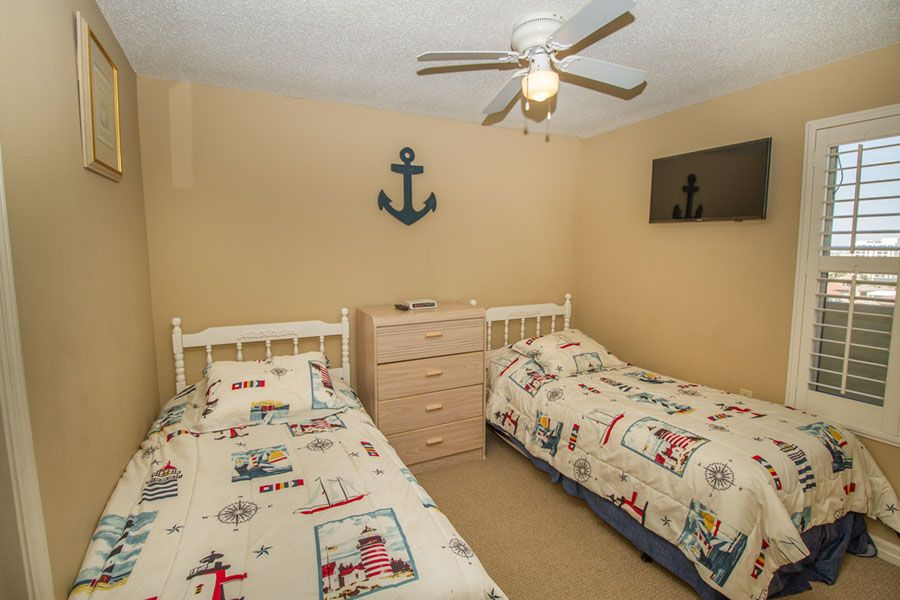 Pelican 1113 - Two Bedrooms Condo