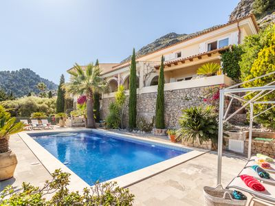 Photo for Villa with private pool and impresive wiews to Pollensa