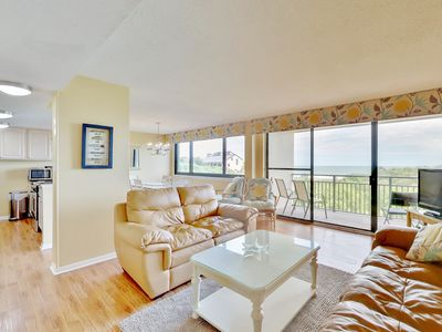 Photo for Gorgeous 3 bed/3 bath Beach Walker Condo - Great location!