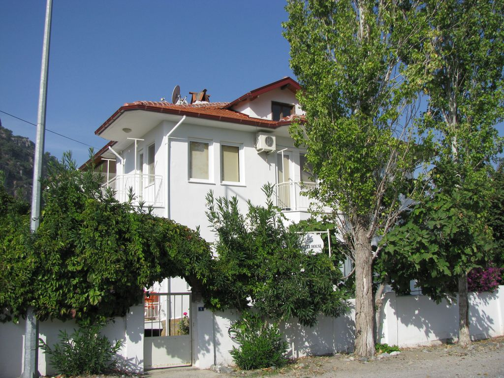 White House Apartment No 1 In Quiet Street 4 Mins From Central Dalyan City Center