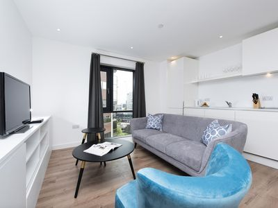 Photo for Charming 2BR Apartment in Modern Building