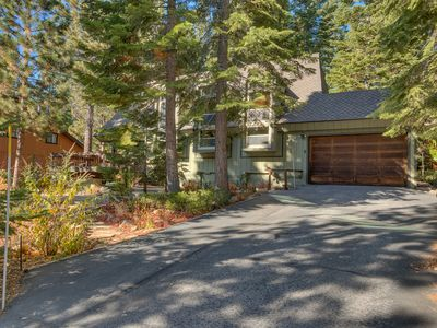 Photo for Blue Lake Lodge: 4  BR, 2  BA House in Tahoe City, Sleeps 10