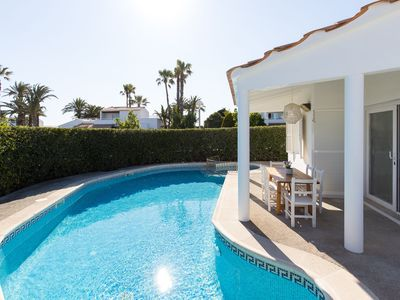 Photo for Air-Conditioned Holiday Home on the Beach with Pool, Terraces & Wi-Fi; Parking Available