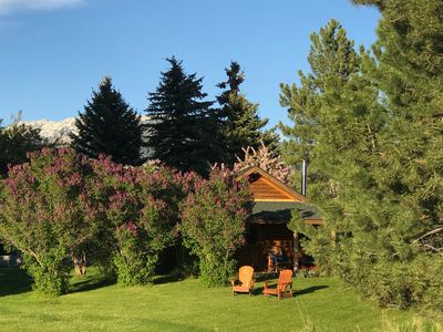 Peaceful, private cabin on 42 acres, 5 minutes from downtown Bozeman.