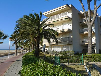 Photo for One bedroom Apartment, sleeps 4 in Vilafortuny with Air Con