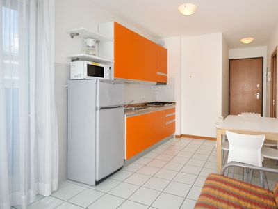 Photo for Residence Villa Mara, Bibione, three-room apartment with 6 beds with bunk beds, climate