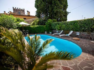 Photo for Villa Rogai,Elegant Chianti Villa with Pool and Garden near Florence,great view!