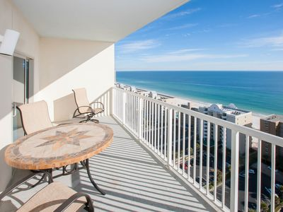 Photo for Gorgeous views, lazy river & resort style pool on beach! Clean and affordable!