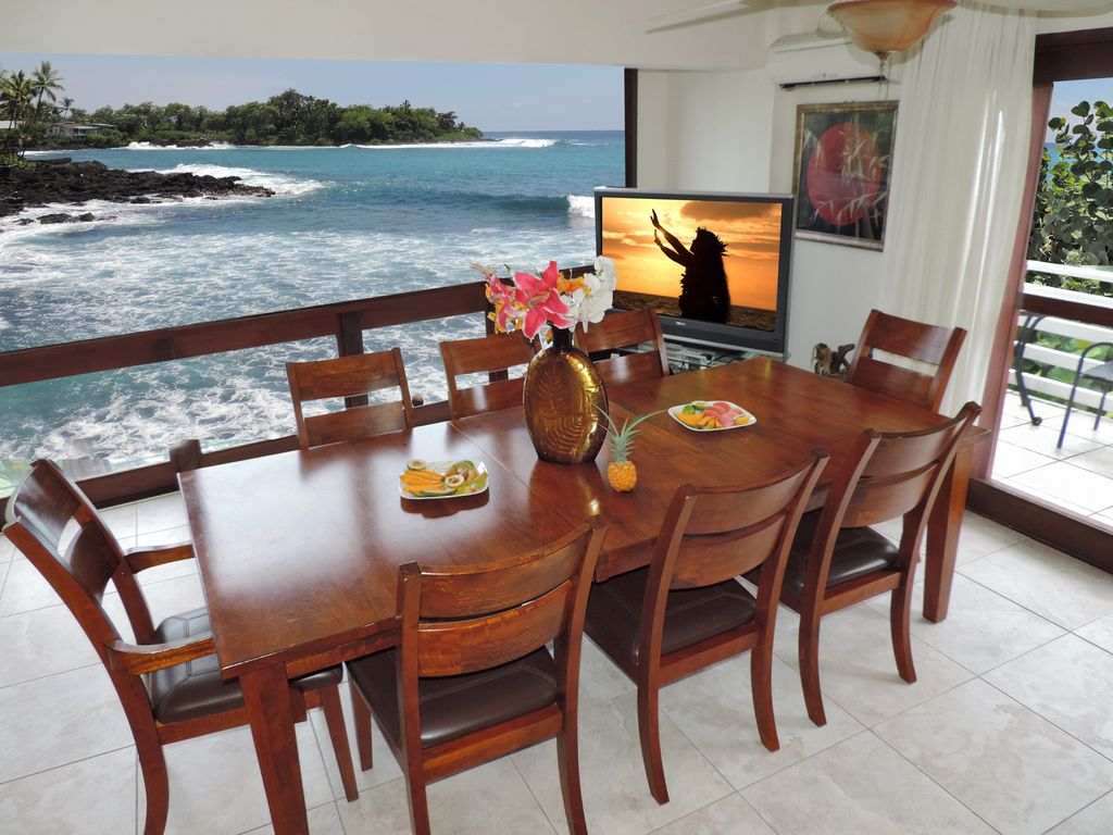 Dining Rooms, Living Rooms And Kitchens All Overlook The Ocean Elevator For  You