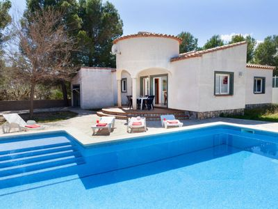 Photo for 4 bedroom Villa, sleeps 10 with Pool and WiFi
