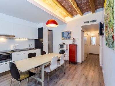Photo for Central 3 Bedroom Apartment for 7 Guests