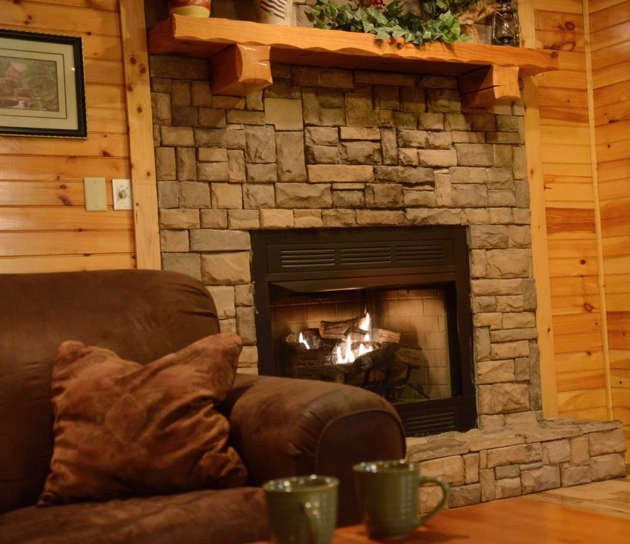 Fireplace Design the fireplace dc : 4BR/4BA Sleeps 18, 3.5 miles to downtown Ga... - VRBO